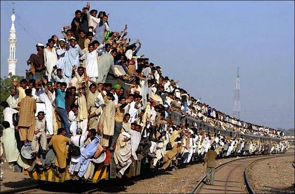 Nombre:  Buendiario-Empresa-de-trenes-indias-hara-sus-vagones-funcionar-con-luz-solar.jpg Visitas: 364 Tamaño: 93.4 KB
