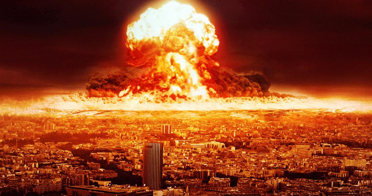 Nombre:  nuclear_explosion_by_theabp-d59sy3y.jpg Visitas: 469 Tamaño: 132.8 KB